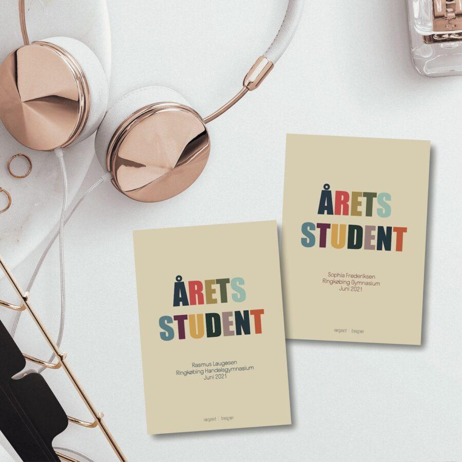 Årets student farverig personligt kort nørgaardnørgaard